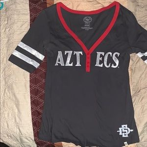 SDSU Aztecs v neck